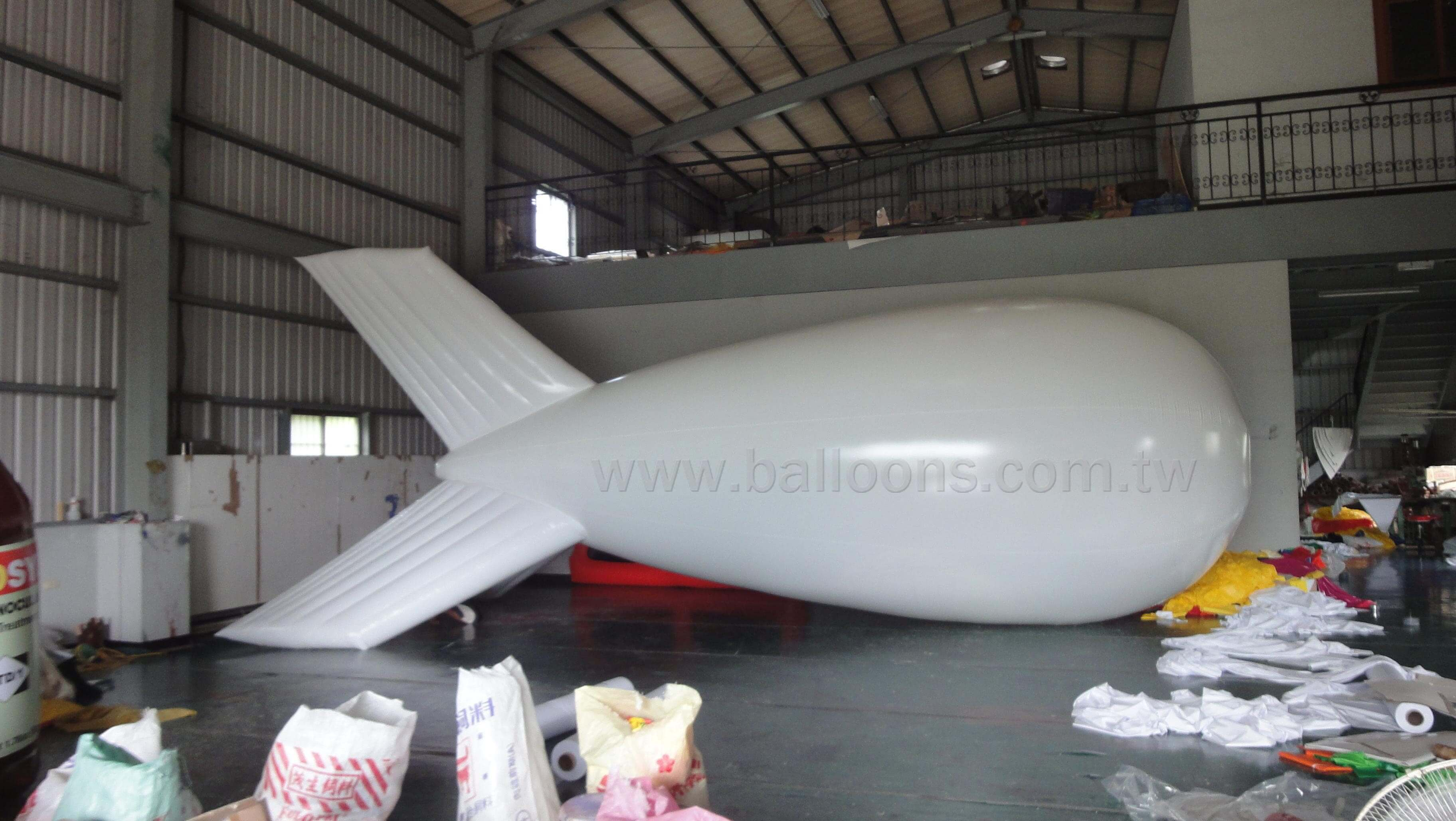 Custom helium inflatable fins blimp balloon客製化三軟翅飛船廣告氣球