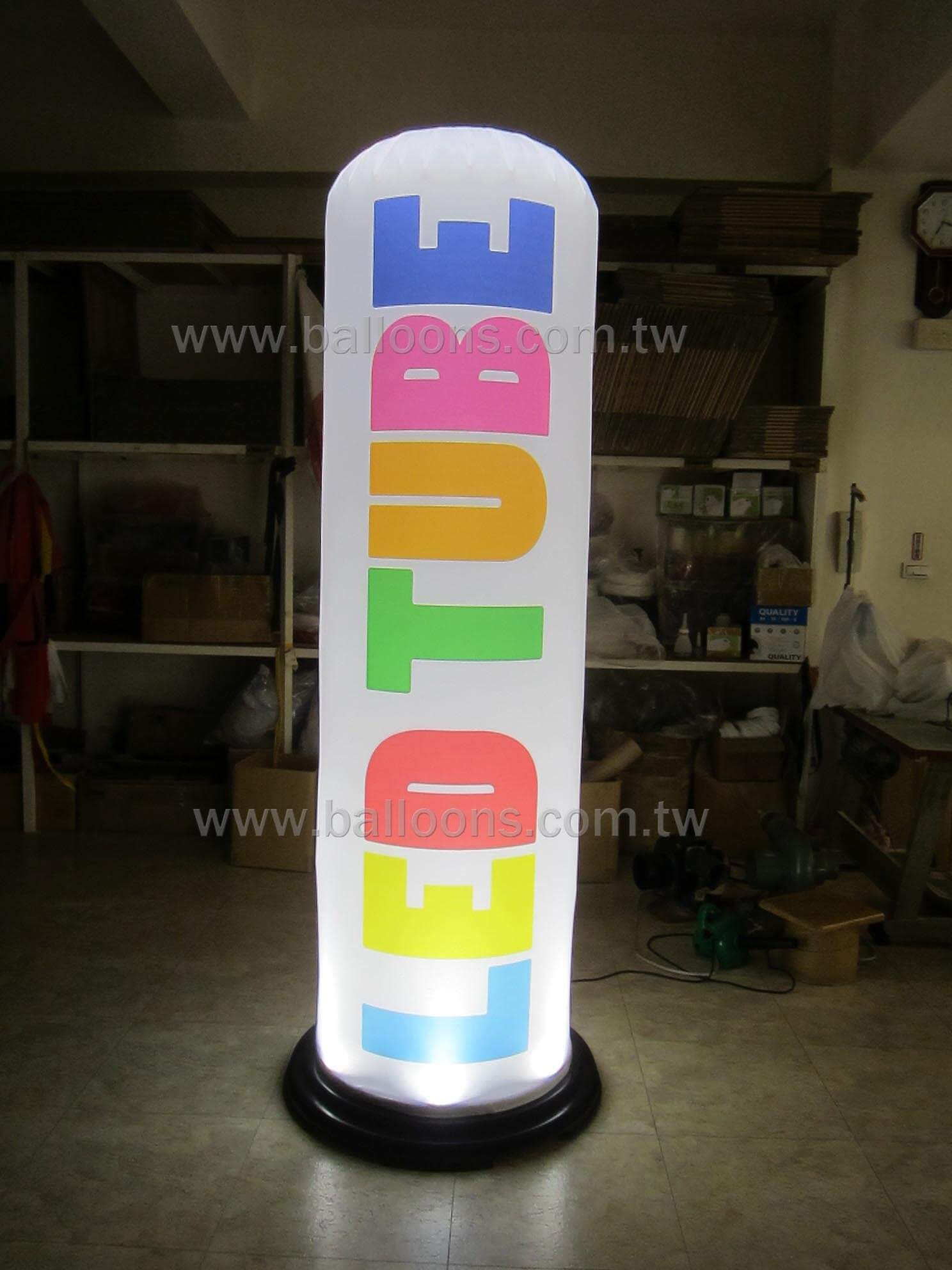 LED lighted plate for air filled advertising balloons持續充氣式發亮燈盤廣告氣球