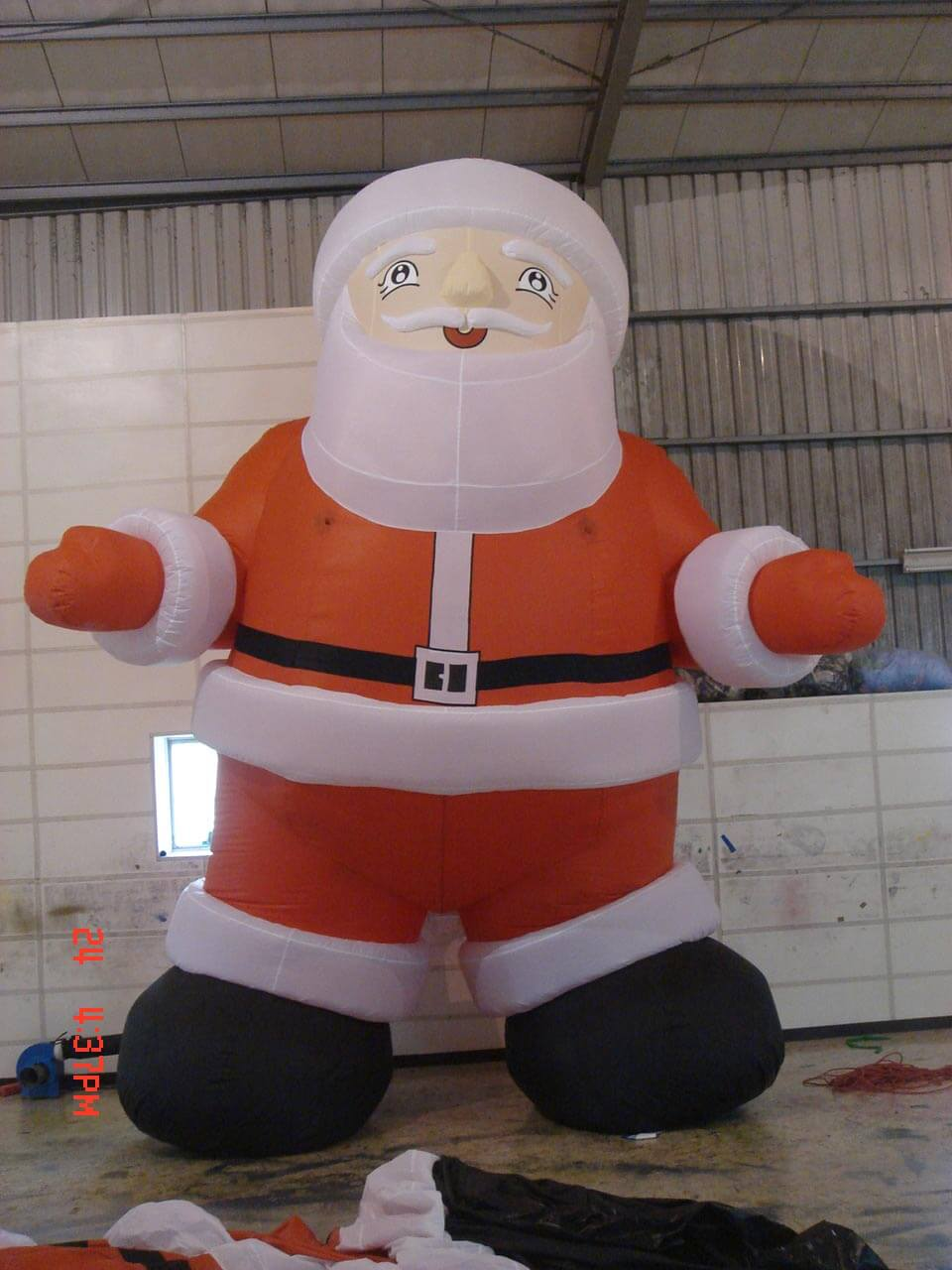 Air filled standing Santa Claus balloon充氣式聖誕老公公氣球