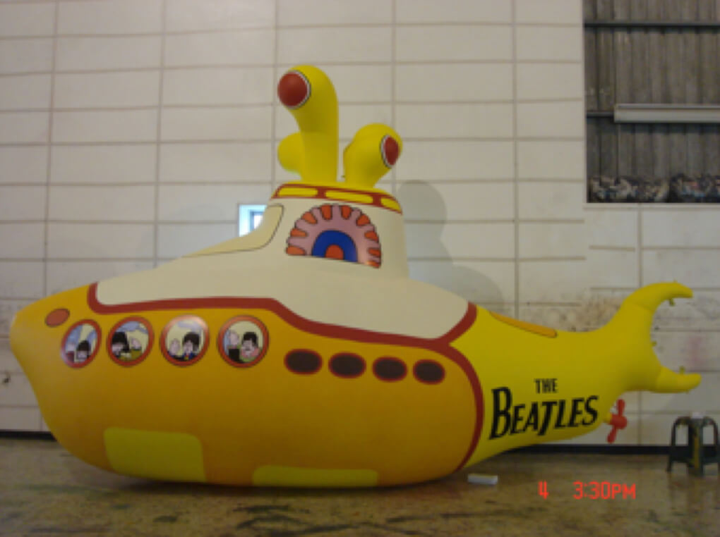 Inflatable custom cartoon submarine balloon黃色卡通版潛水艇造型氣球
