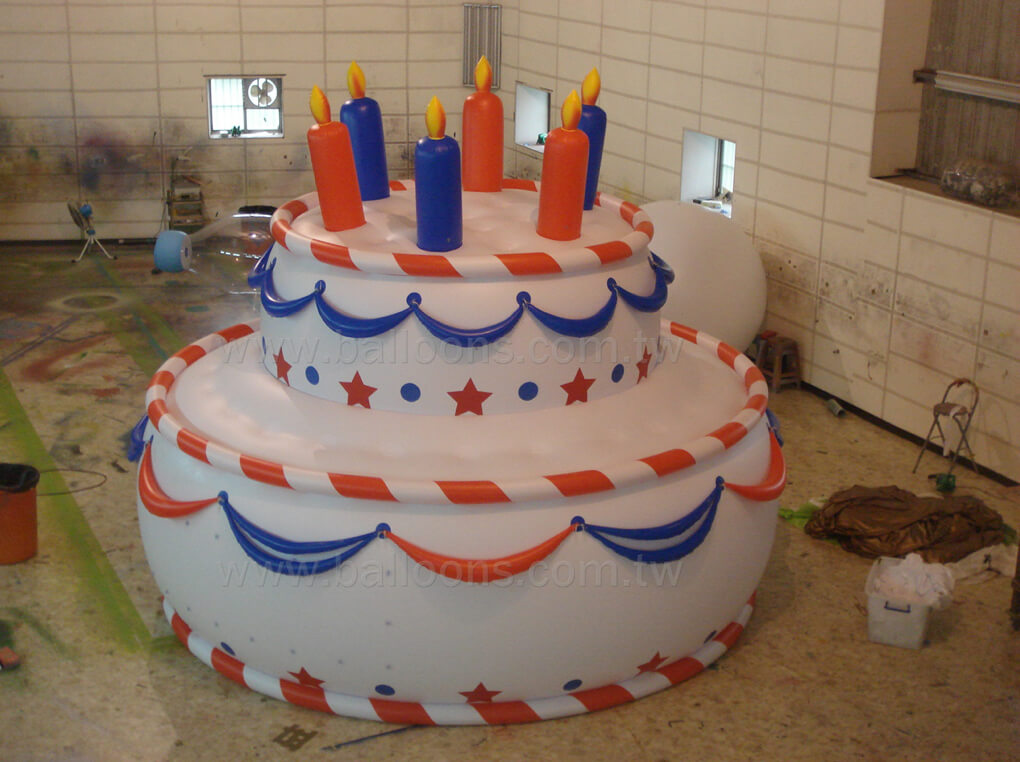 Inflatable birthday cake balloon with candles生日蛋糕氣球